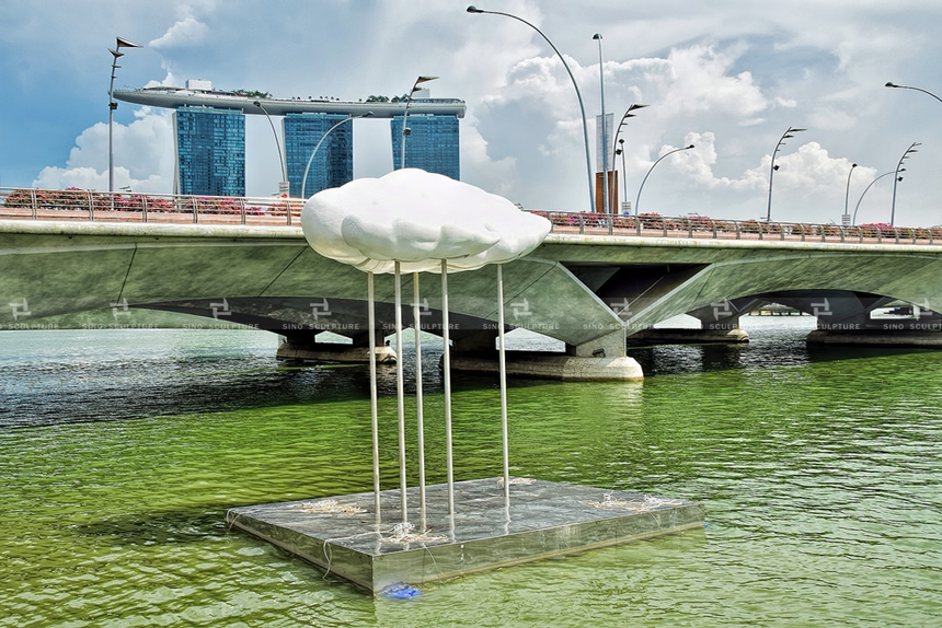 after installation-cloud-nine-raining-sculpture-jubilee-walk's-stainless-steel-mesh-cloud-sculpture-wired-mesh-art-sculptures-singapore .jpg